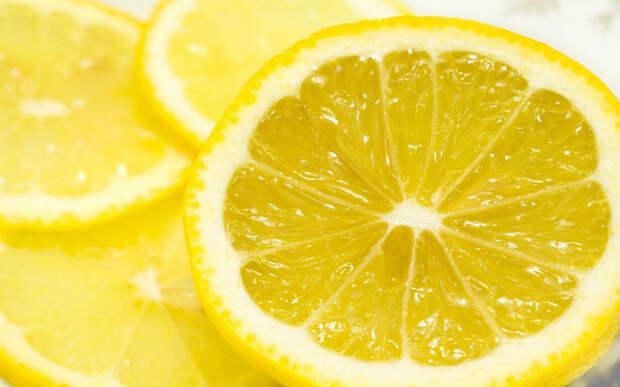 5. В лимоне очень много витамина С.  заблуждения, люди, миф