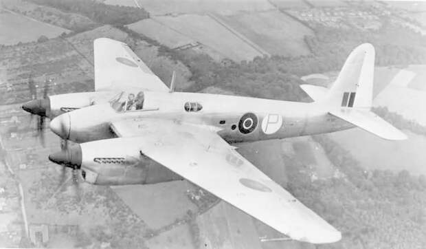 Short Sturgeon S.A.1 T Mk.1 prototype.jpg
