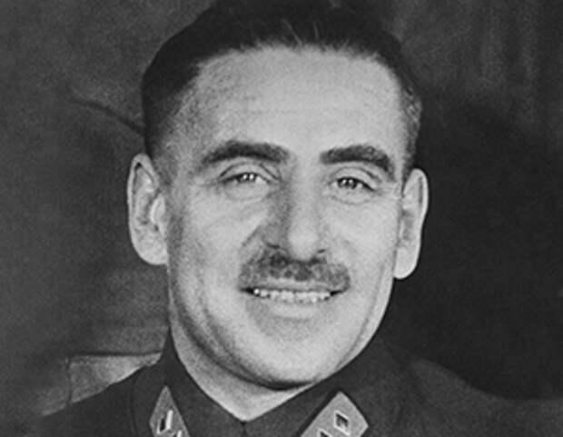 Как биография маршала Блюхера стала одной из главных фальшивок РККА