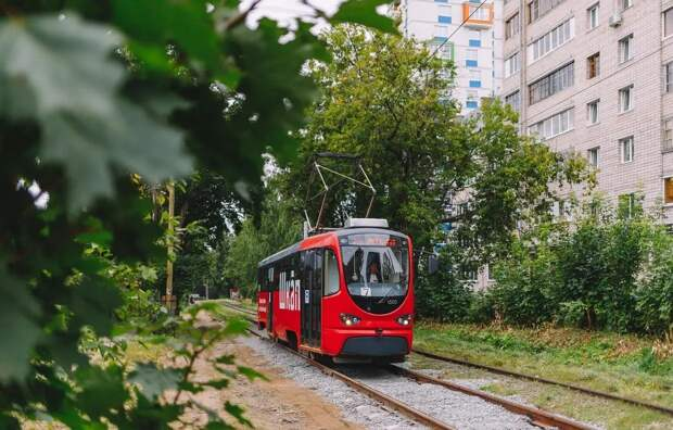 Кондиционеры в новых трамваях Ижевска не справляются с жарой