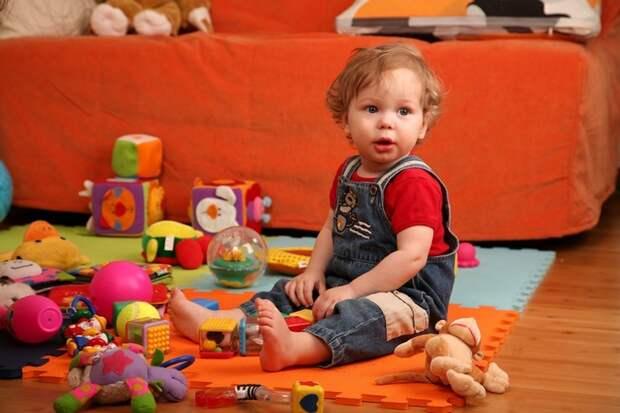 Как отучить ребёнка ломать игрушки