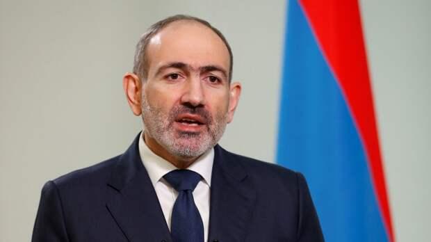 Пашинян заявил, что обратился к Путину за помощью из-за ситуации на границе