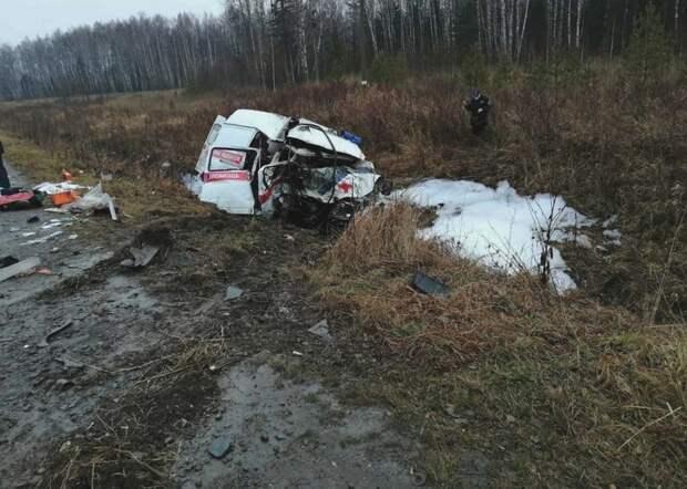 Два медика скорой помощи погибли в ДТП в Пермском крае