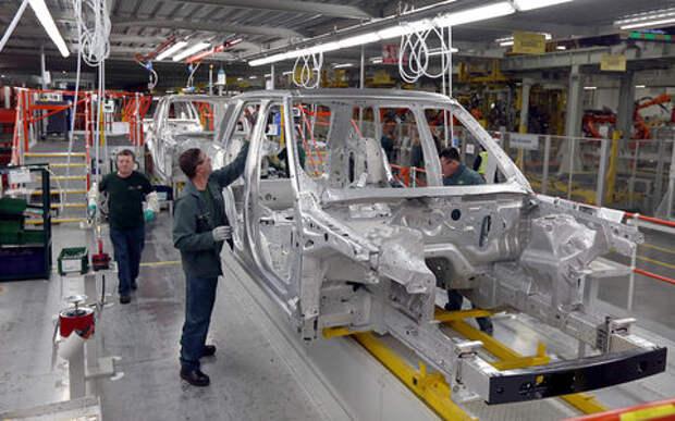 Jaguar Land Rover и-за брекзита увольняет сотрудников и приостанавливает конвейер