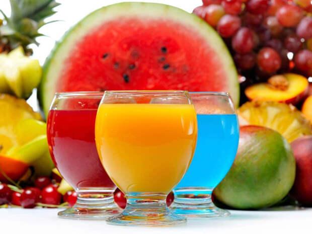 Польза или вред свежевыжатых соков