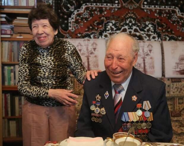 Супружеская пара из Бабушкинского отметила 70-летие совместной жизни