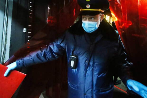 Силовики пришли к сторонникам Навального из «слитых» в Сеть баз данных