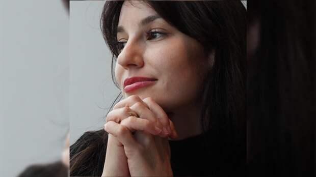 Блогер Лена Миро назвала незаслуженным хейт в адрес тиктокерши Дины Саевой