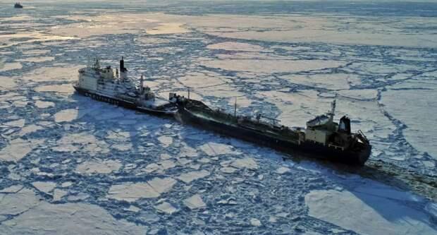 Маршрут России в обход Суэца показал США, что они не зря беспокоились развития СМП