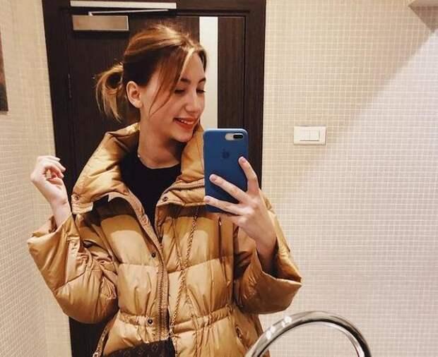 """Младшая дочь Валерия Меладзе получила травму: """"Сломать шею в Рождество - это чек"""""""