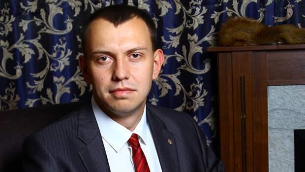 """Политолог Бредихин рассказал о """"большой игре"""" Киева в ситуации вокруг Медведчука"""