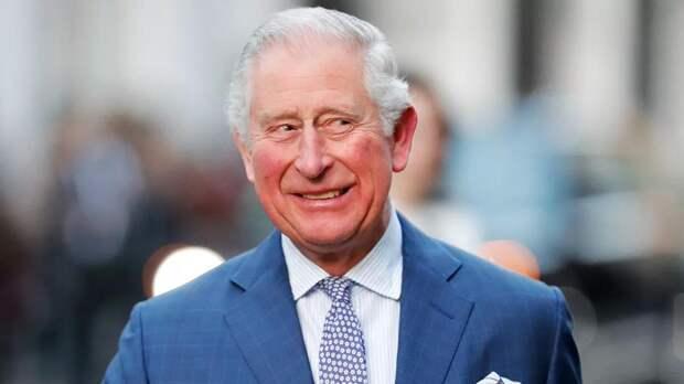Принц Чарльз поздравил внука фотографией без Меган Маркл