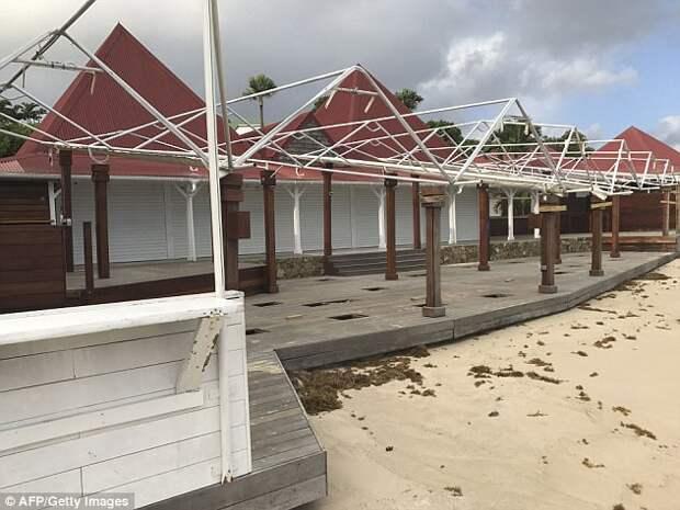 На острова Карибского бассейна и США надвигается очередной ураган