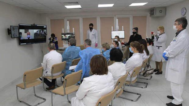 Остальные болезни отменили?: Врачей Забайкалья лишили работы и денег из-за долгов больницы