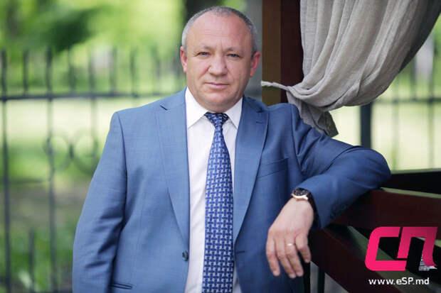 Скандал в молдавском парламенте: депутат от партии Санду выругался по-русски