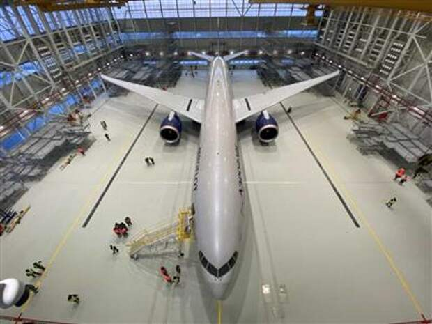 """""""Аэрофлот"""" ввел в эксплуатацию новый ангар для обслуживания самолетов"""