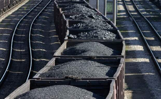 А быстро они. Уголь из Донбасса вместо Украины начали поставлять в Россию