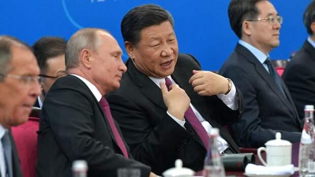 В Токио заявили о шоке Цзиньпина после беседы Путина и Байдена