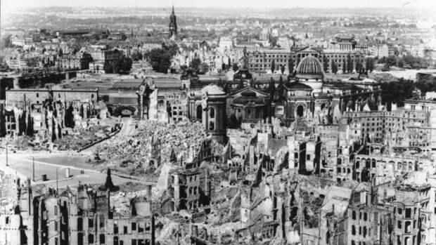 Историк из США развенчал главные мифы Второй мировой войны