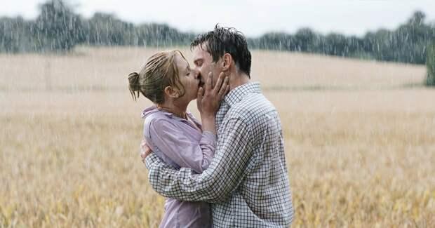 Здравствуй, грусть: самые красивые сцены под дождем из фильмов