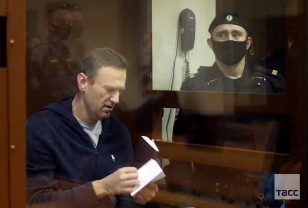 Дзержинский против Навального