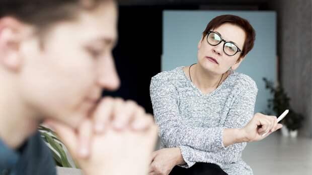 Психотравматолог рассказала, как родителям реагировать на агрессию подростков