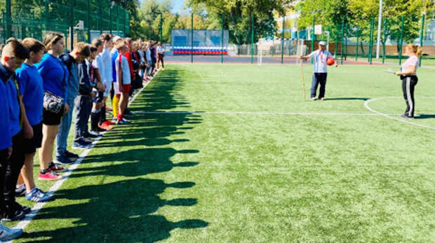 Футбольной команде школы №107 вРостове недают стадион для тренировок