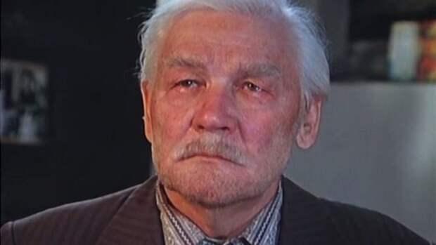 кадр из фильма «Белые Росы»
