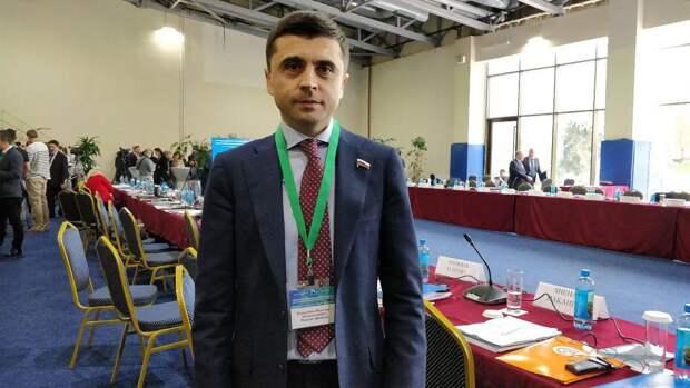 Депутат Госдумы заявил, что Москва и Киев могут обсудить накопившиеся вопросы