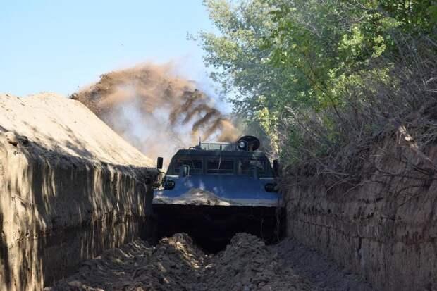 Украина начала укреплять границу с РФ на случай «вооруженной агрессии»