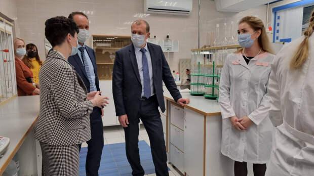 В Череповецком химико-технологическом колледже открыли новые мастерские