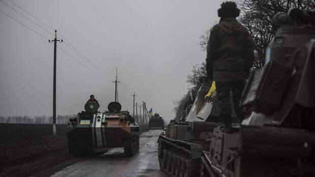 Километровые колонны военной техники заметили награнице Ростовской области иУкраины