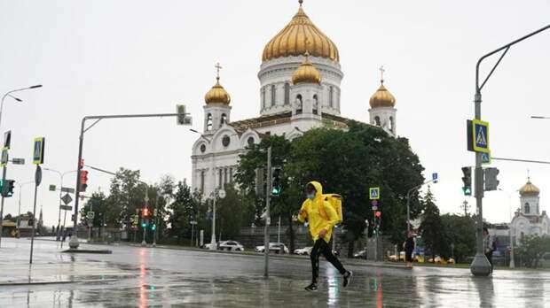 Синоптики пообещали москвичам до 24 градусов тепла и грозы