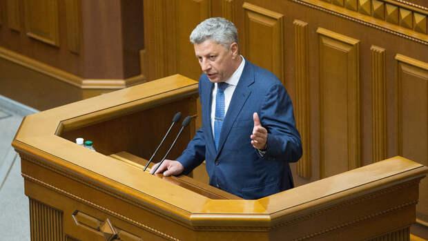 Бойко назвал репрессиями обвинения Медведчука в госизмене