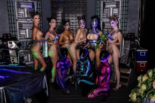 Эксклюзивные кадры из новейшего VIP секс-клуба в Голливуде