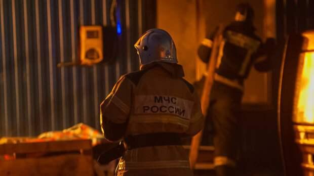 Пожар унес жизни трех человек в Кронштадтском районе Петербурга