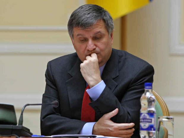 У Зеленского задумались об отставке Авакова, вопрос решат в сентябре – источник из «Слуги народа»