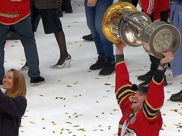 Омский «Авангард» впервые в истории стал обладателем Кубка Гагарина КХЛ