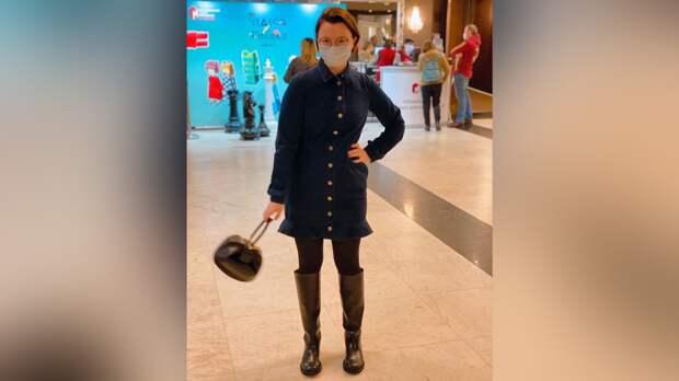 Молодая жена Петросяна трогательно поздравила поклонников с Днем Победы