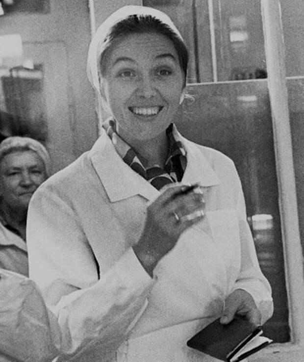 Самая позитивная советская телеведущая Юлия Белянчикова, изображение №2