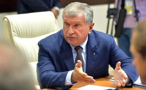 """Глава """"Роснефти"""" обвинил независимые АЗС в росте цен на топливо"""