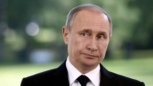 Le Point: Пусть Путин трясется от страха – Олланд грозит ему судом