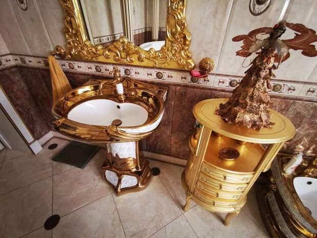 Так жить нельзя: цыганский дворец главного гаишника Ставрополья