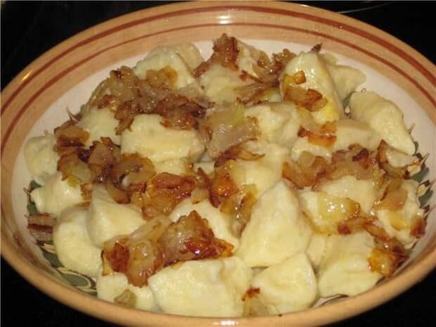 Картофельные галушки по-закарпатски. Всегда выручают когда надо быстро накормить семью 2