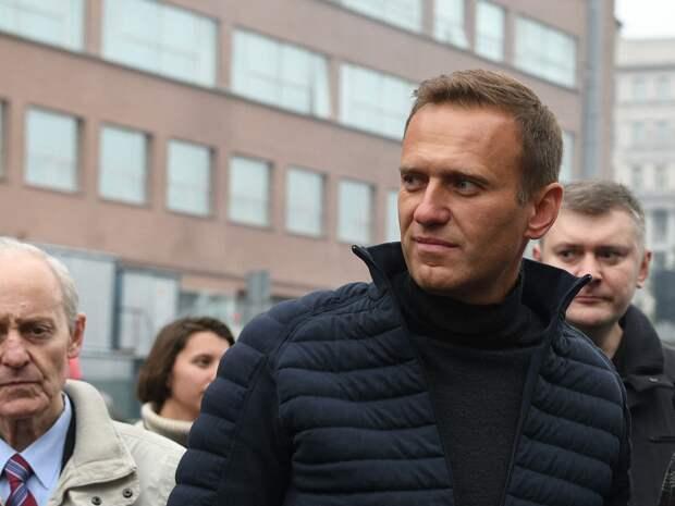 Семейные традиции, похудение в тюрьме и другие факты об Алексее Навальном