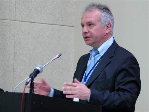 Политолог Александр Рар: Запад сквозь зубы признал, что Россия вновь стала великой державой