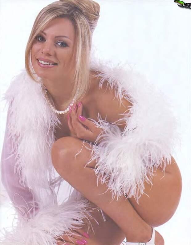 Ирина Салтыкова в роскошной фотосессии 1997 года.