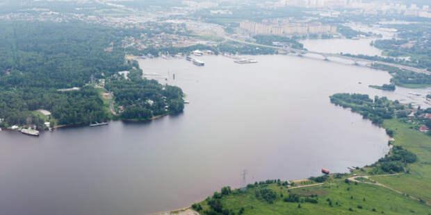 Трое туристов сорвались в реку в Адыгее