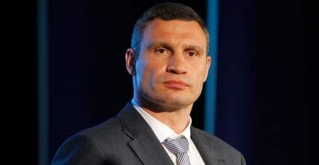 Домой кмэру Киева Виталию Кличко нагрянули силовики