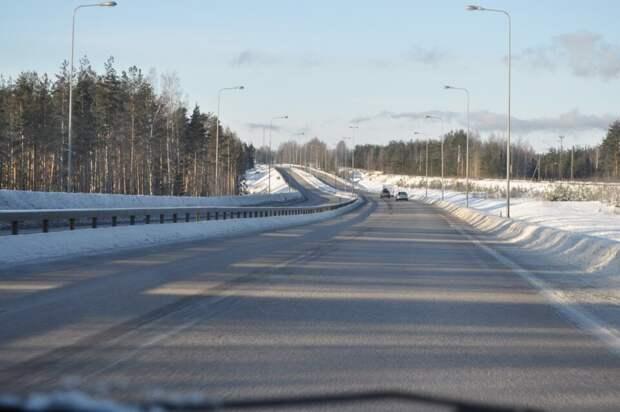 Почему в Скандинавии почти не сыпят реагенты на дорогу, и как там борются со льдом?